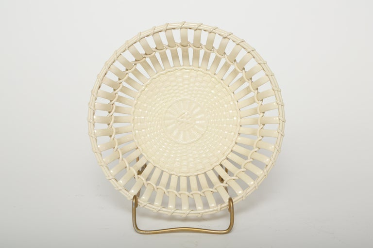 Hand-Crafted  Wedgwood Period Creamware Chestnut Basket For Sale