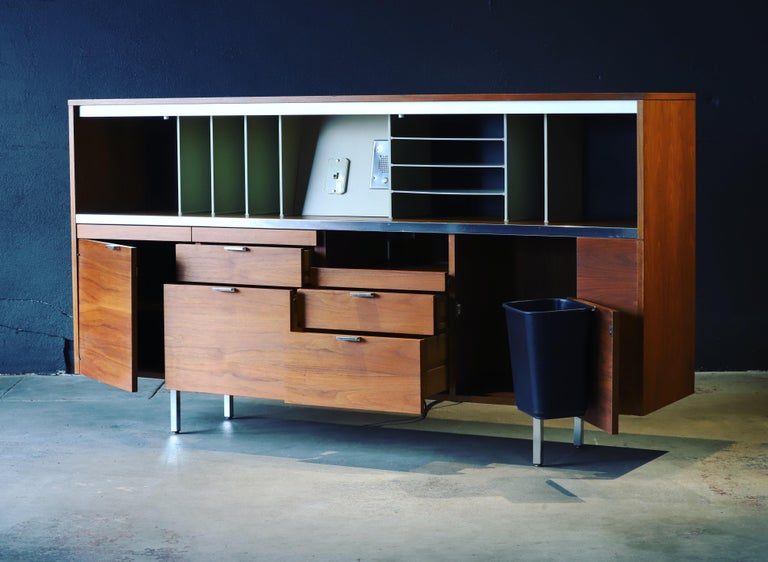 Credenza by George Nelson for Herman Miller For Sale 3