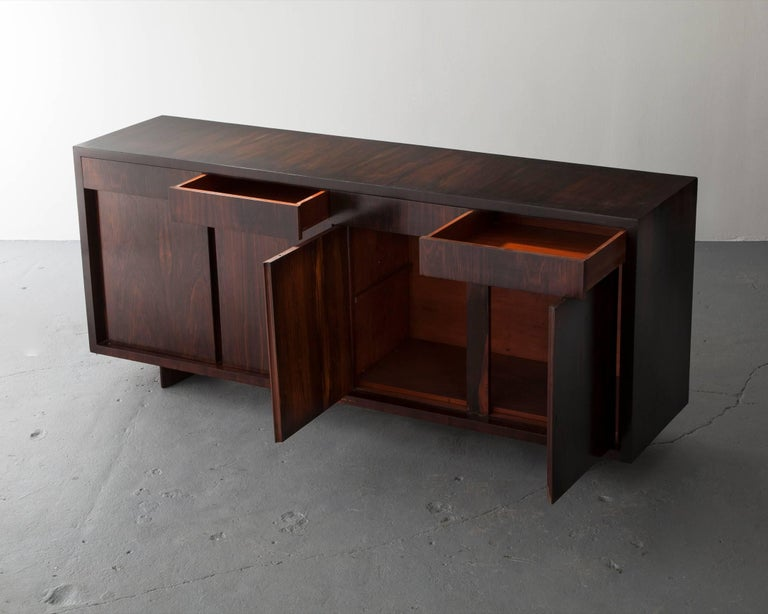 Brazilian Credenza in Jacaranda with Four Doors and Four Drawers For Sale