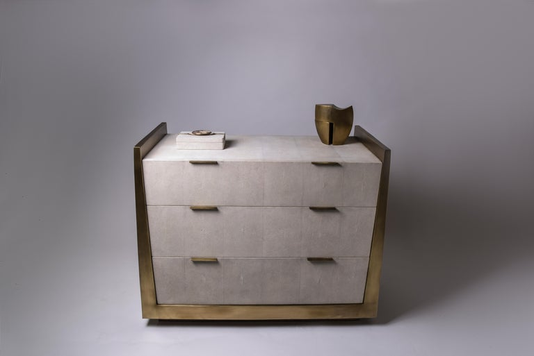 Credenza in Parchment and Bronze-Patina Brass by R&Y Augousti In New Condition For Sale In New York, NY
