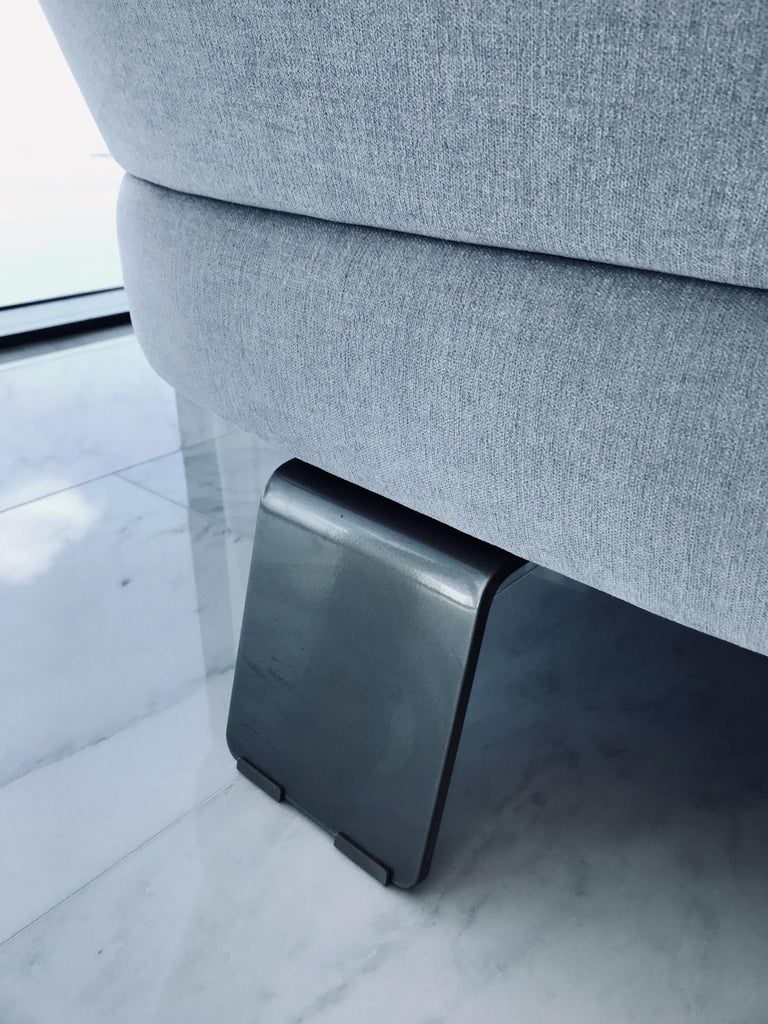 Creed Curved Loveseat Designed by Minotti, Italy For Sale 5