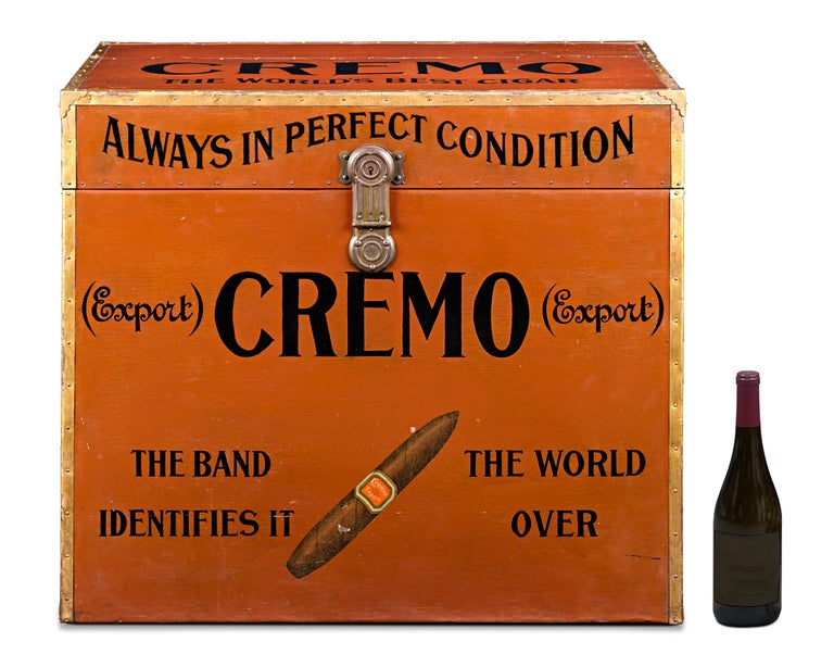 Cremo Cigar Humidor Trunk In Excellent Condition For Sale In New Orleans, LA