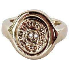 Crest Ring Signet Ring White Diamond Gold Skull Memento Mori Style J Dauphin