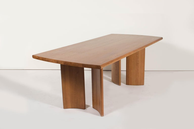 Crest Table, Sienna, Minimalist Dining Table in Wood In New Condition For Sale In San Jose, CA