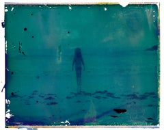 Horizonte - Contemporary, Polaroid, Photograph, Childhood, abstract