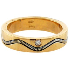 Crivelli 18 Karat Gold One Diamond Ring
