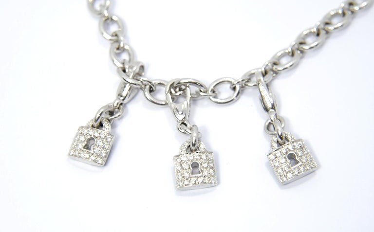 Crivelli Charm Bracelet in 18 Karat White Gold and White and Black Diamonds In New Condition For Sale In Bilbao, ES
