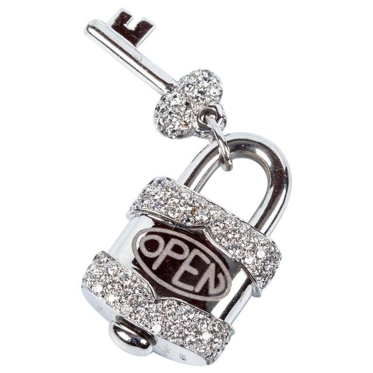 Crivelli Charm Link Lock Pendant or Closure 18 Karat Gold Diamonds Open Close For Sale