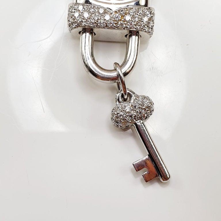 Crivelli Charm Link Lock Pendant or Closure 18 Karat Gold Diamonds Open Close In New Condition For Sale In Bilbao, ES