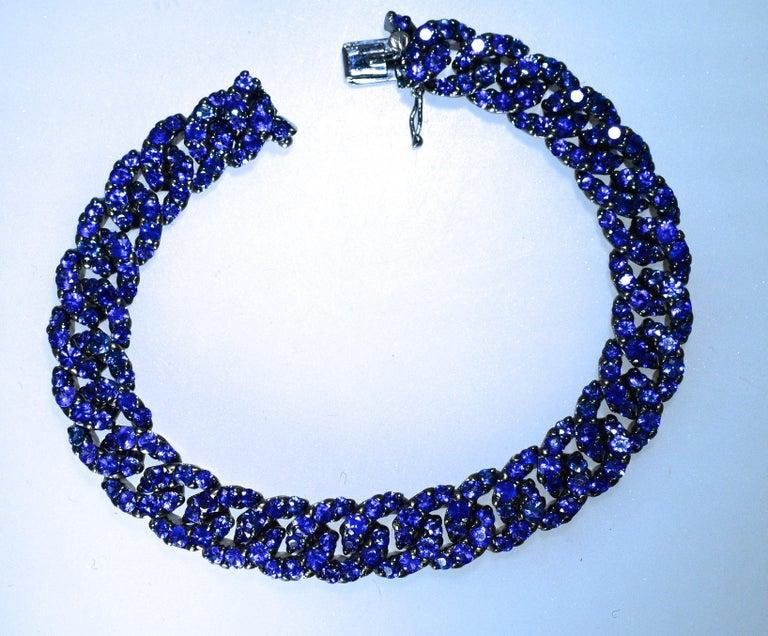 Contemporary Crivelli Sapphire and 18 Karat Bracelet For Sale