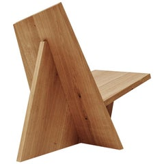Crooked Contemporary Lounge Chair in Wood by Nazara Lázaro