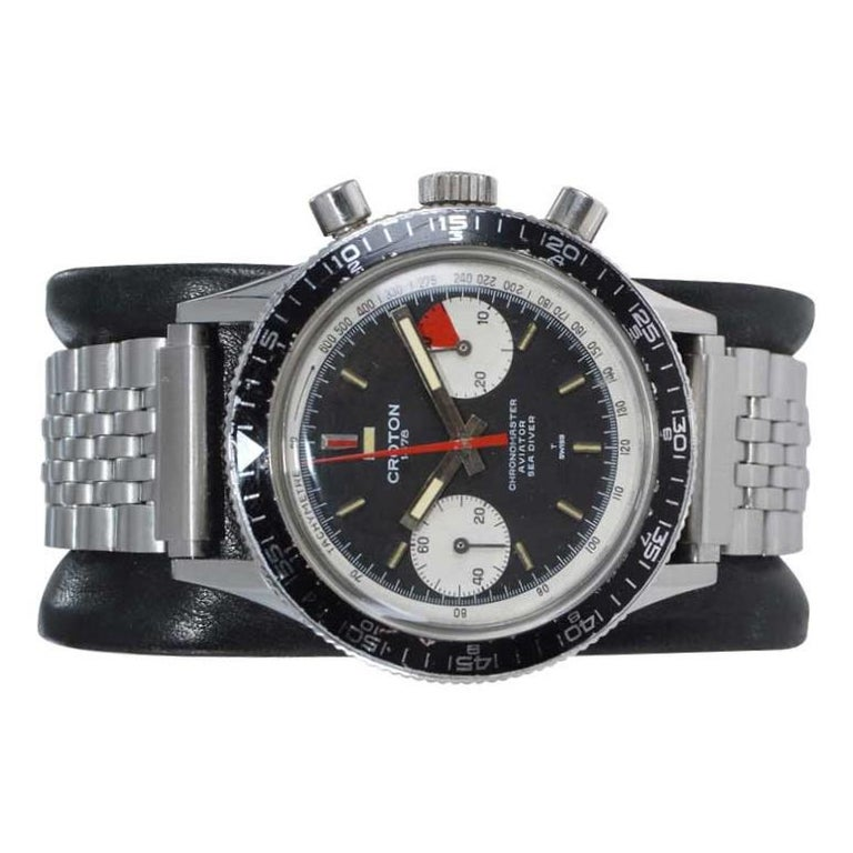 Croton Stainless Steel Aviator Sea Diver Chronomaster, Circa 1960's In Excellent Condition For Sale In Long Beach, CA