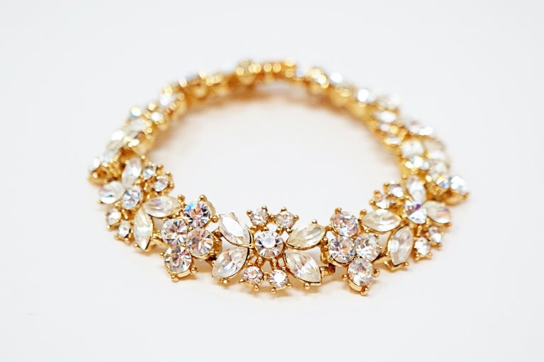Crown Trifari Crystal Demi-Parure Bracelet and Earring Set, Signed, circa 1950 In Excellent Condition For Sale In Los Angeles, CA