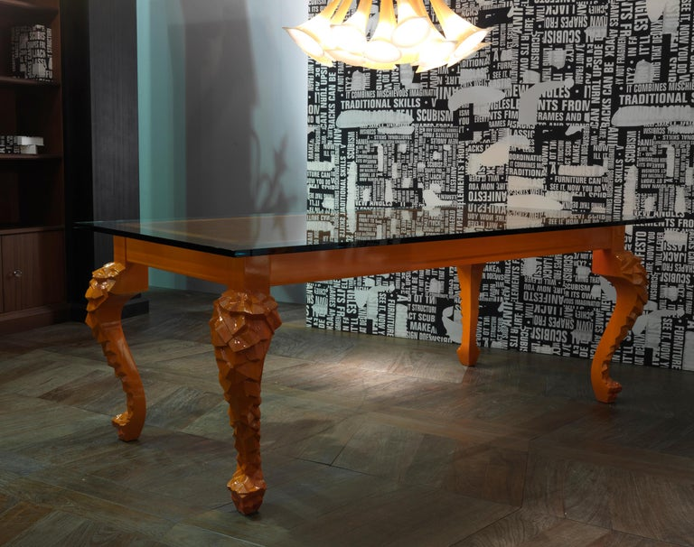 Crusty Glass Top Dining Table with Carved Legs In New Condition For Sale In Lentate sul Seveso, Monza e Brianza