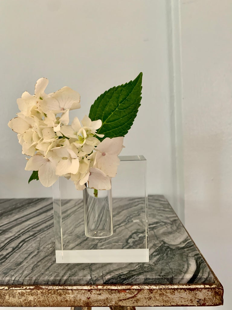 Crystal Block Form Vase In Good Condition For Sale In Los Angeles, CA