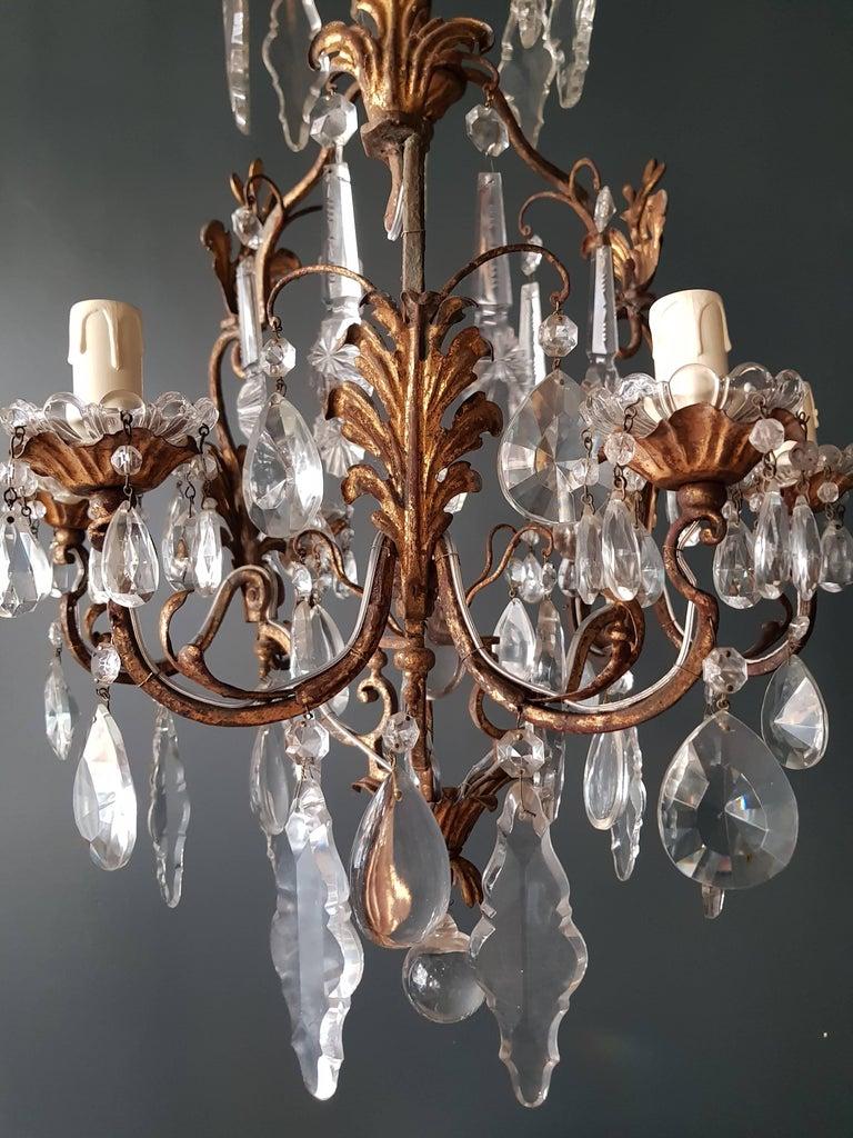 Antiker schwerer Kronleuchter aus Messing und Kristallglas 2