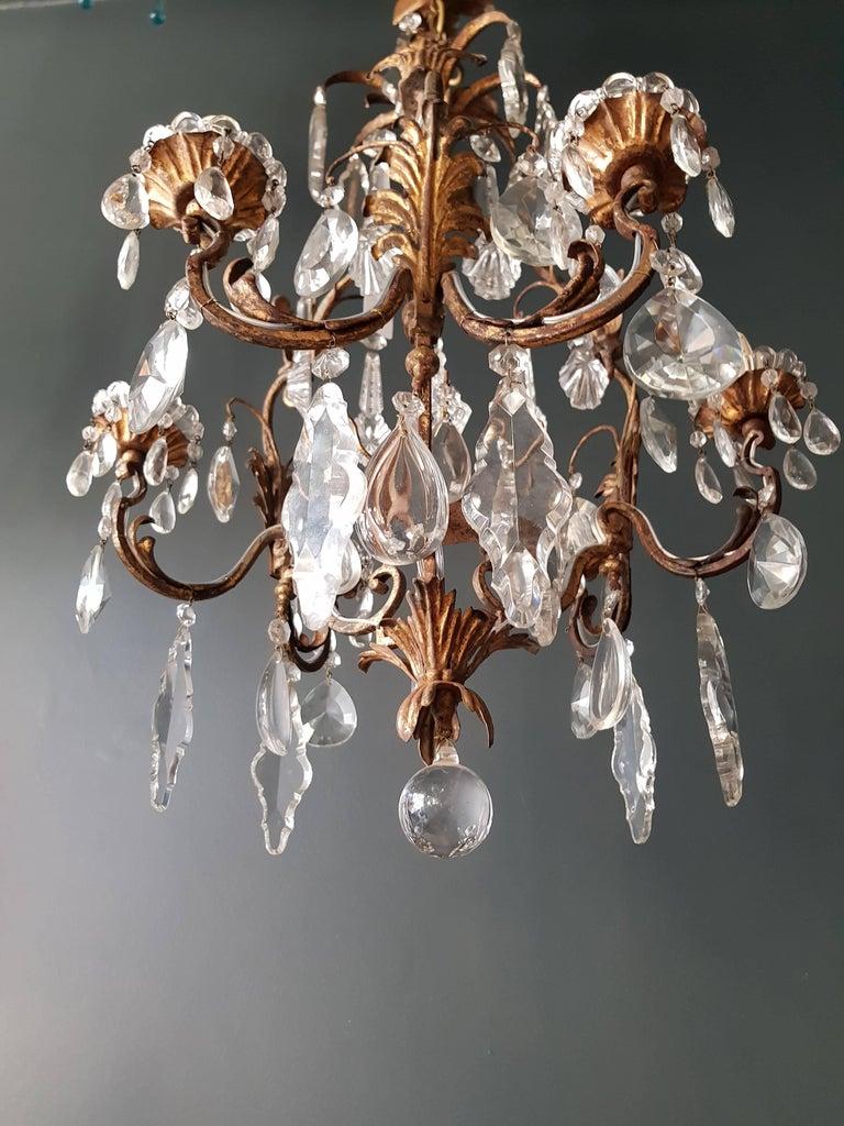 Antiker schwerer Kronleuchter aus Messing und Kristallglas 3