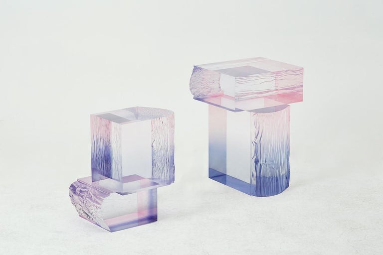 Crystal Series is a work inspired from nature. Yoon was especially inspired by the sky's beautiful and rich colors, specifically those from sunset and sunrise. As we know, the sky is non-material in its existence. He tried to express our experience