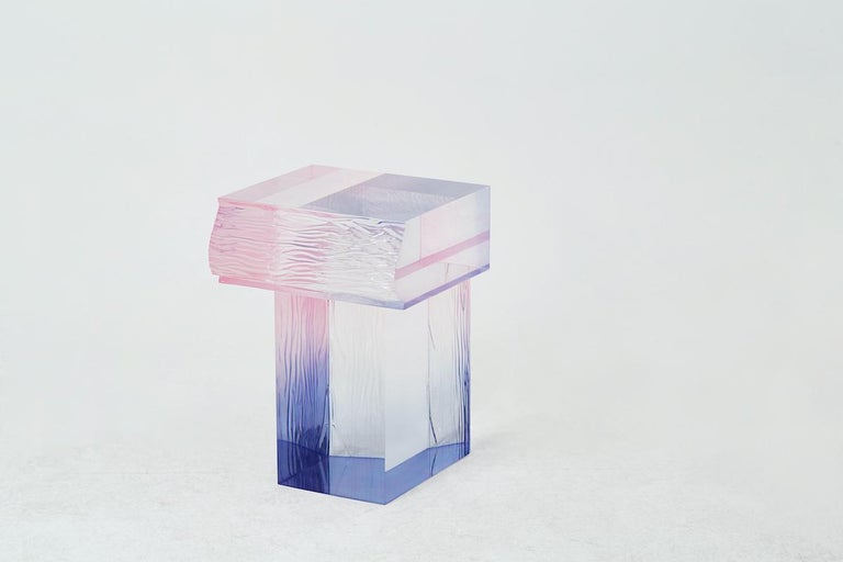 Korean Crystal Series Raw Side Edition Acrylic Table, Pink/ Blue Ombre/ Transparent For Sale