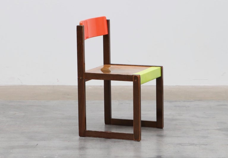 Bauhaus Kinder chair, back and seat coulored with neon spray, multi-lacquered with 2k varnish. Functional Art meets sulptural design in the manner Josef Albers, Rupprecht Geiger and Bauhaus.