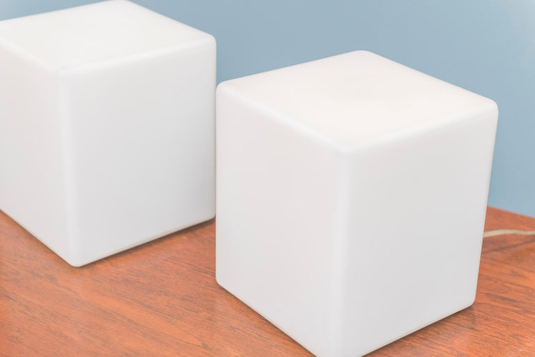 American Cube Form Table Lamps by Laurel For Sale
