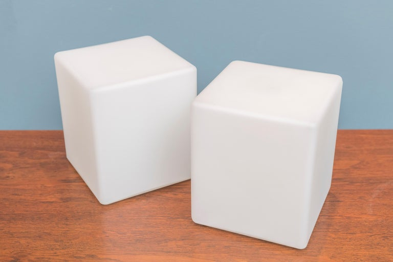 Cube Form Table Lamps by Laurel In Good Condition For Sale In San Francisco, CA