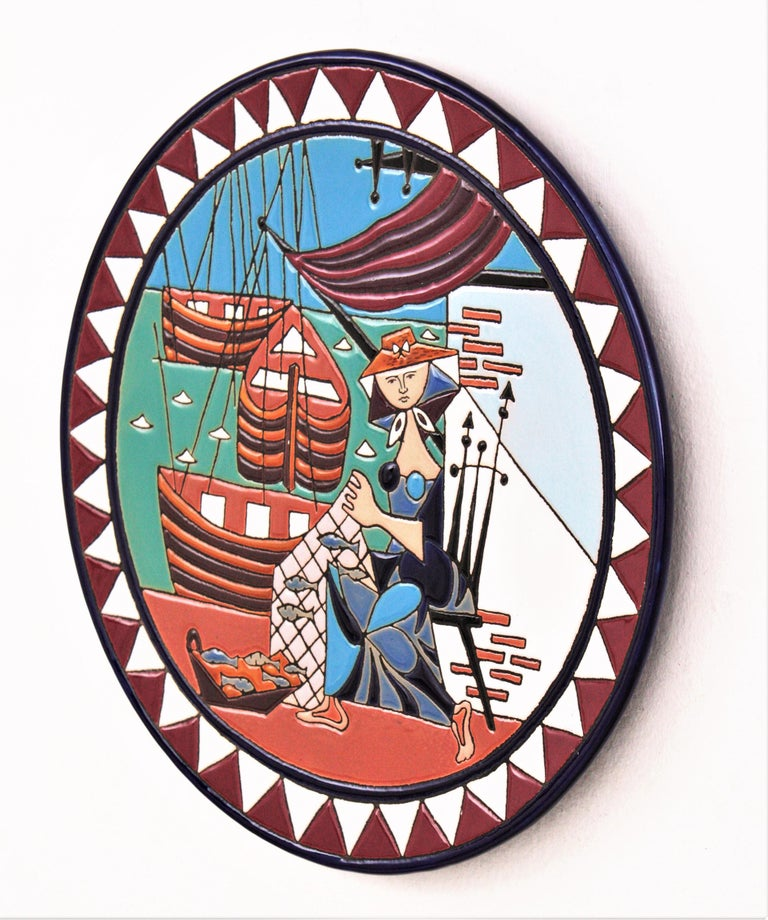 Spanish Cubist Fishing Scene Manises Ceramic Large Wall Plate, 1960s In Excellent Condition For Sale In Barcelona, ES