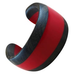 Cuff Bracelet in Wood and Red Methacrylate