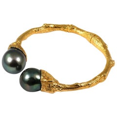 Cuff in 18 Karat Yellow Gold with 14mm+ Tahitian Pearls