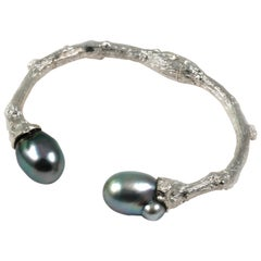 Cuff in Sterling Silver or Oxidized Silver with Tahitian Pearls