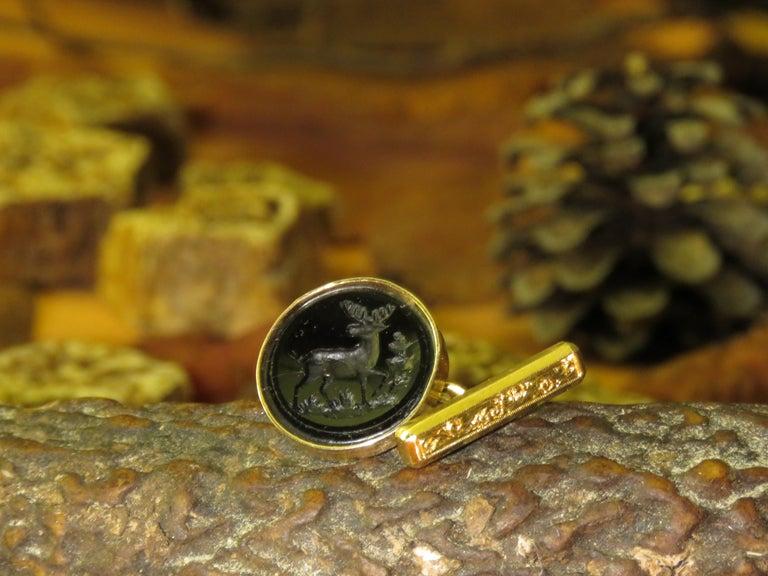 Vintage Engraved 18 Karat Rose Gold Black Elk Cufflinks Hangcrafted in Italy For Sale 2