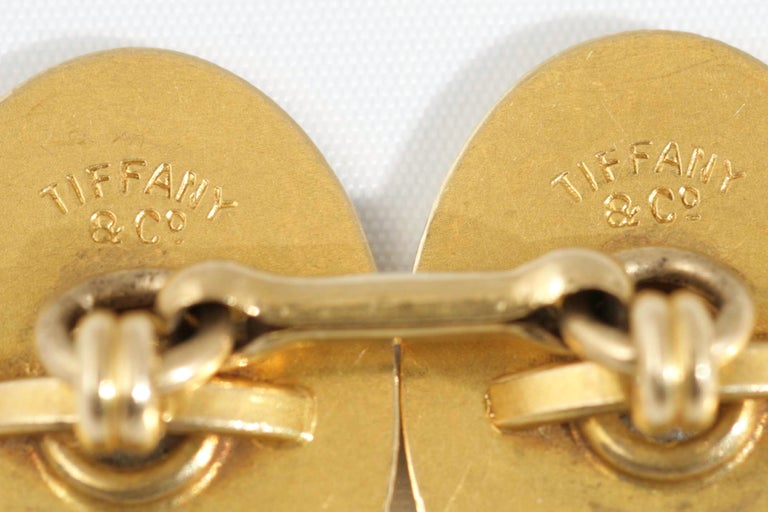 High Victorian Tiffany & Co. Oval Cufflinks 18 Kt Gold with Diamond, United States circa 1900 For Sale