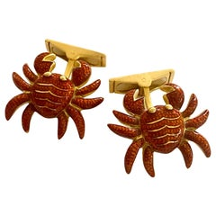 Cufflinks, Yellow Gold and Enamel in the Shape of a Crab Signed: Vaessen