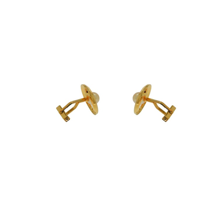 Round Cut Cultured Akoya Pearl Yellow Gold Cufflinks For Sale