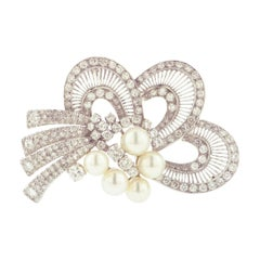 Cultured Pearl Diamond and Gold Brooch