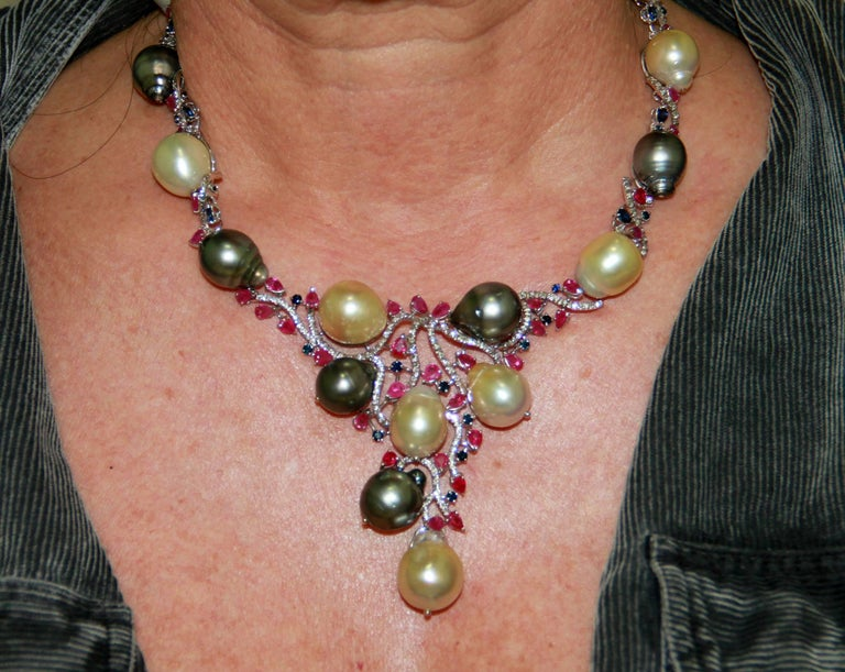 Cultured Pearls Gold Diamonds Choker Necklace For Sale 2