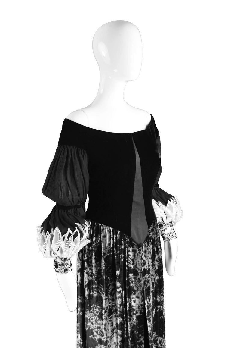 Curiel Italian Couture Vintage Print Velvet Evening Gown For Sale 1