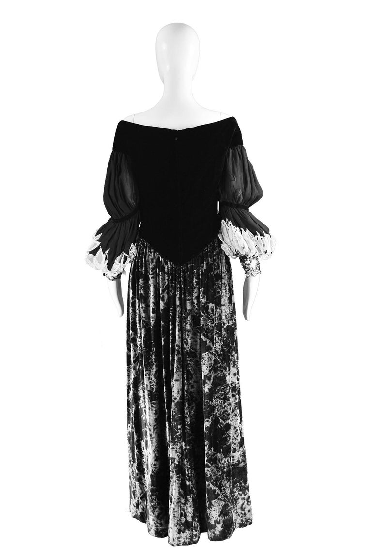 Curiel Italian Couture Vintage Print Velvet Evening Gown For Sale 3