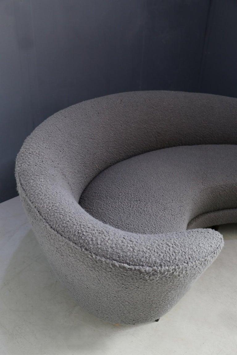 Mid-Century Modern Curva Sofa by Federico Munari in Grey Bouclè Fabric, 1950s For Sale