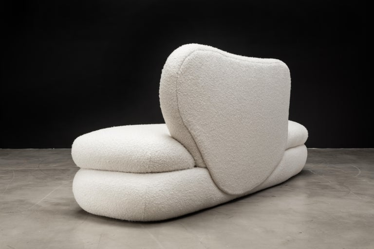 Curve Chaise, Modern Layered Asymmetrical Chaise in Cream Boucle In New Condition For Sale In Laguna Niguel, CA