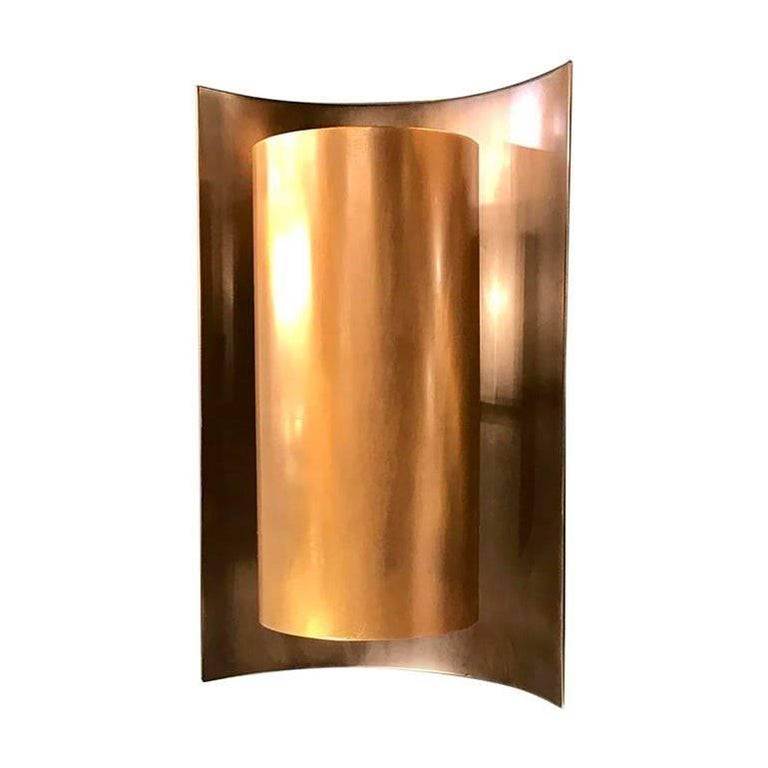 Curve Wall Light in Brass