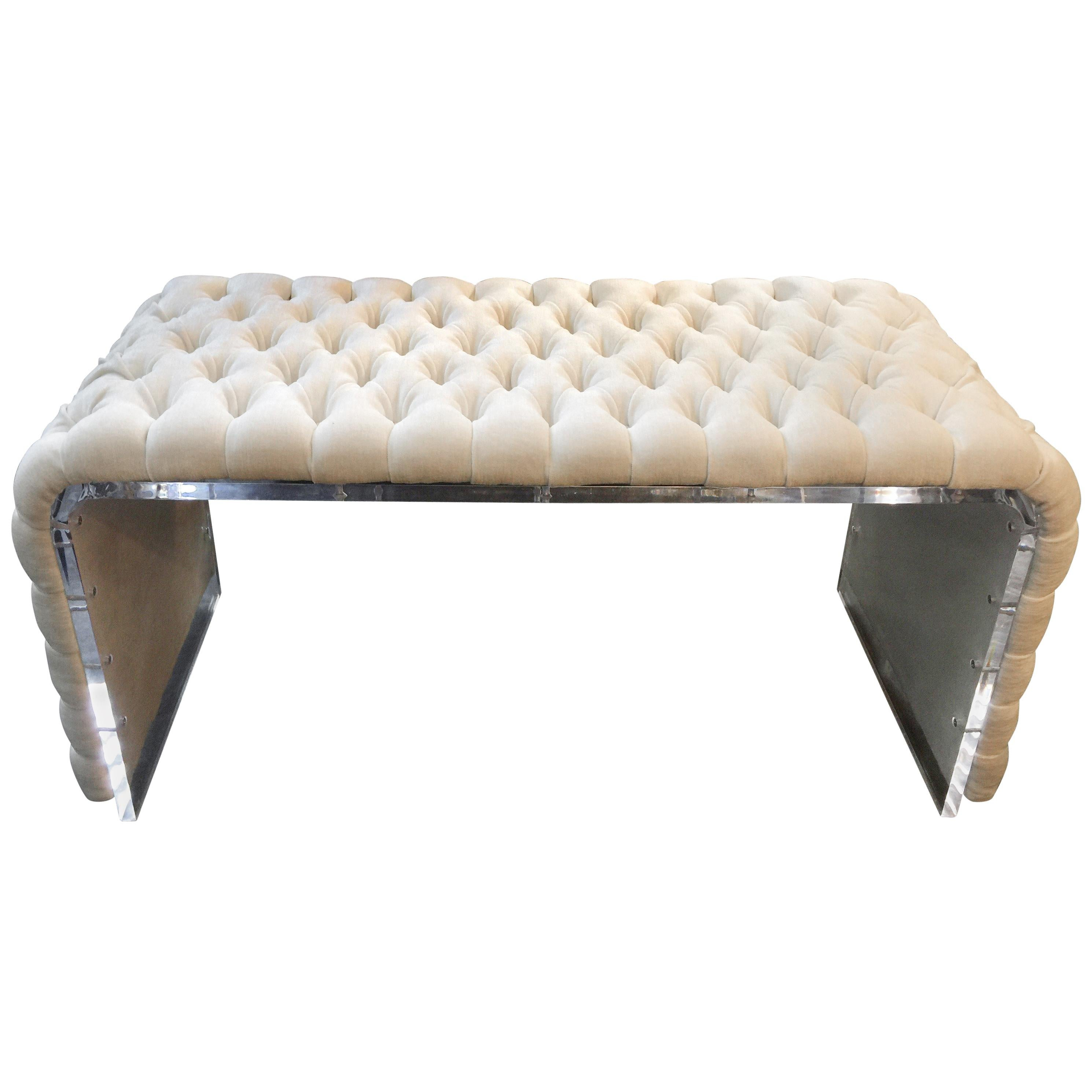 Curved Acrylic Framed Dressing Room Bench with Tufted Linen Upholstery For  Sale at 1stdibs