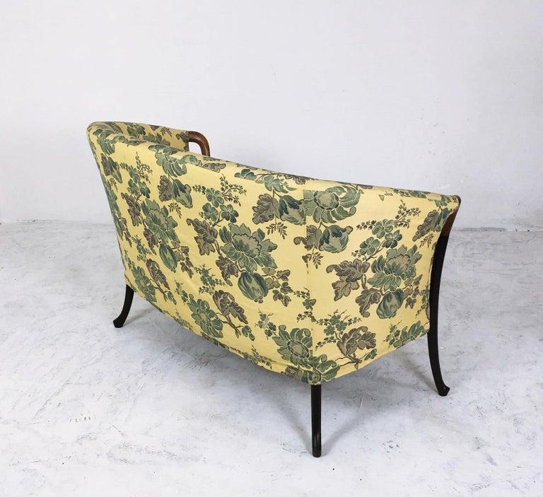 Curved Back Progetti Sofa by Giorgetti Italy, 1980s In Good Condition For Sale In Debrecen-Pallag, HU