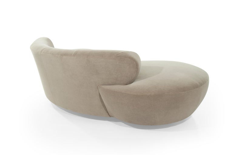 20th Century Curved Sofa on Walnut Bases by Vladimir Kagan For Sale