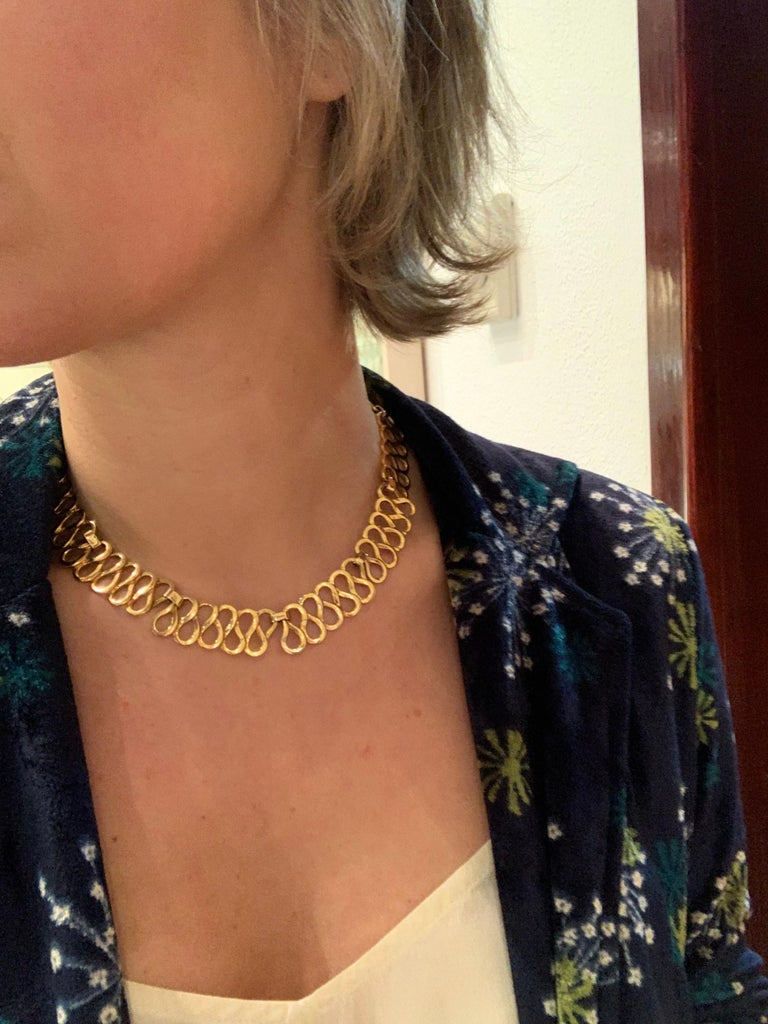 Curves Yellow Gold Necklace In New Condition For Sale In Barcelona, ES