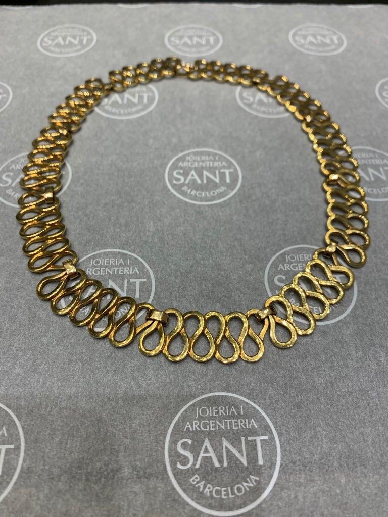 Women's Curves Yellow Gold Necklace For Sale