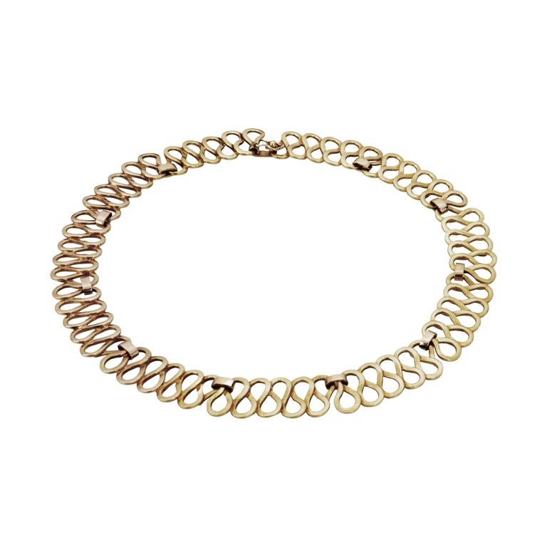 Curves Yellow Gold Necklace For Sale