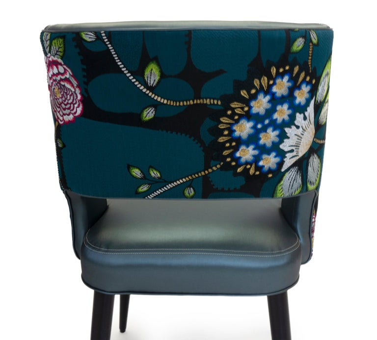 Curvy High Back Dining Room Chairs For Sale 6