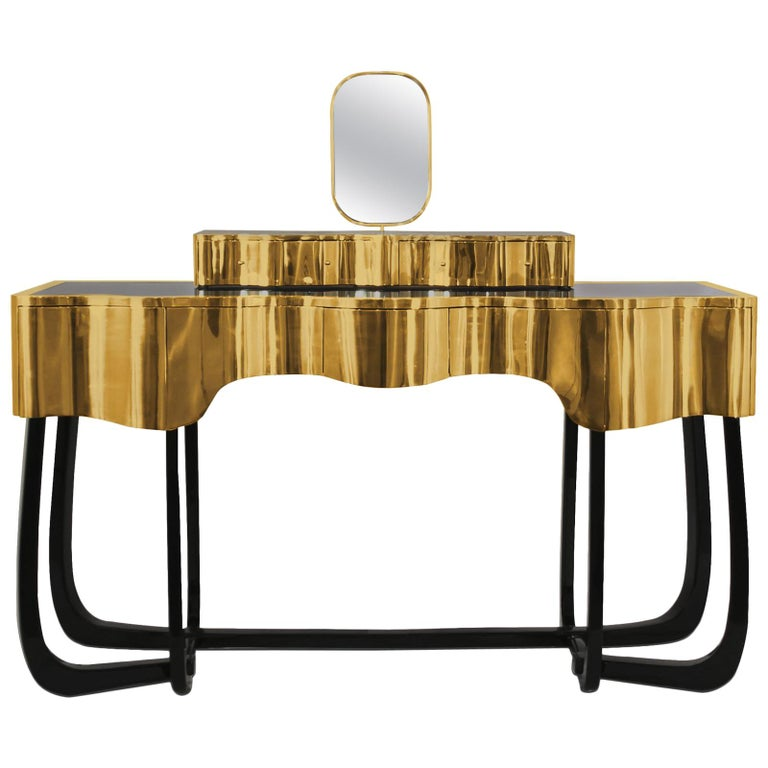 Curvy Mirror Room Console Table