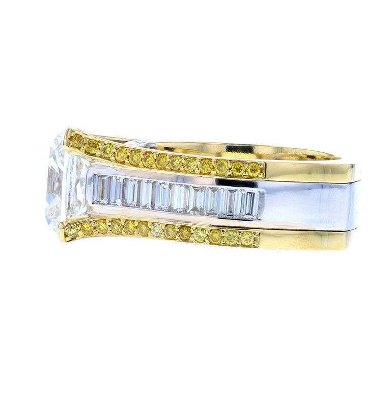 Cushion Cut Baguette with Two-Tone Gold and Yellow Diamond Pave In New Condition For Sale In Los Angeles, CA